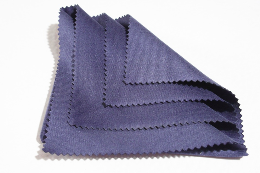 blue cleaning cloth kevlar lens